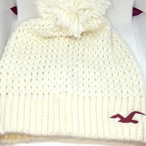 Hollister wool knit off-white Pom hat